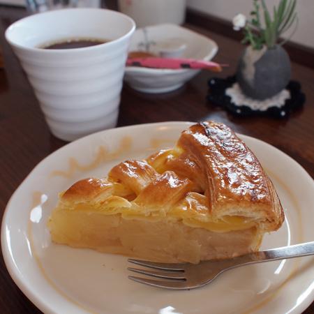 盛岡黒川の「mi cafe ミ カフェ」のアップルパイ