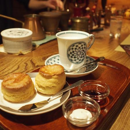 盛岡本町通の喫茶店「機屋」のスコーン