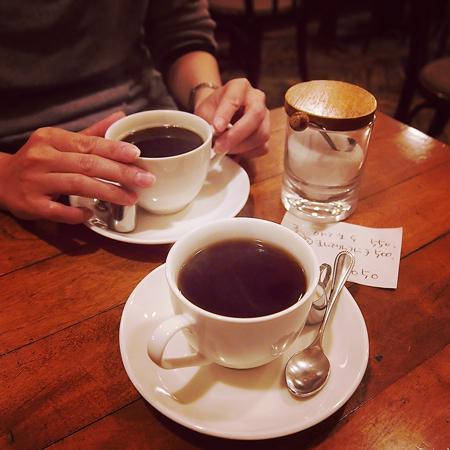 盛岡中ノ橋のシャンソンがかかるおすすめの喫茶店「六分儀」のコーヒー