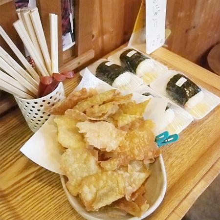 岩手盛岡の美味しいお蕎麦屋「やまや」の店内